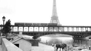 The Paris Metro in 1900