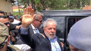 Lula asiste a los funerales de su nieto, en la ciudad de São Bernardo do Campo, el 2 marzo de 2019.