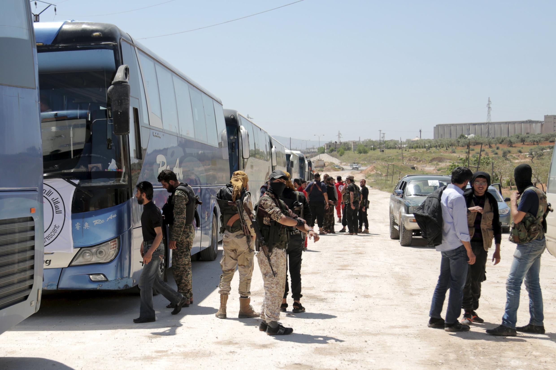 An soma aikin  kwashe fararen hular da aka yi wa kawanya a Syria.