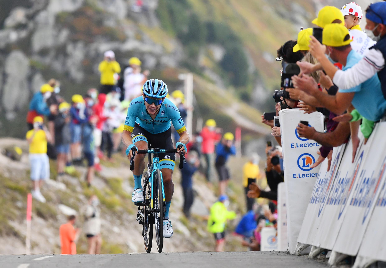 """Llegada de Miguel Ángel """"Superman"""" López al Col de la Loze. Su primera victoria de etapa en su debut en el Tour de Francia."""
