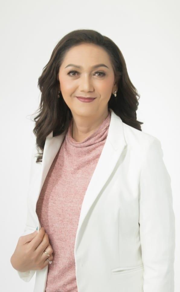 Pauline Ngarmpring está buscando uma tentativa de se tornar a primeira primeira-ministro transgênero da Tailândia.