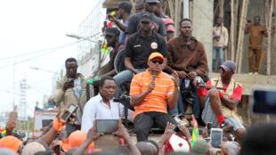 L'opposant Jean-Pierre Fabre s'exprime durant un rassemblement à Lomé, le 7 septembre.
