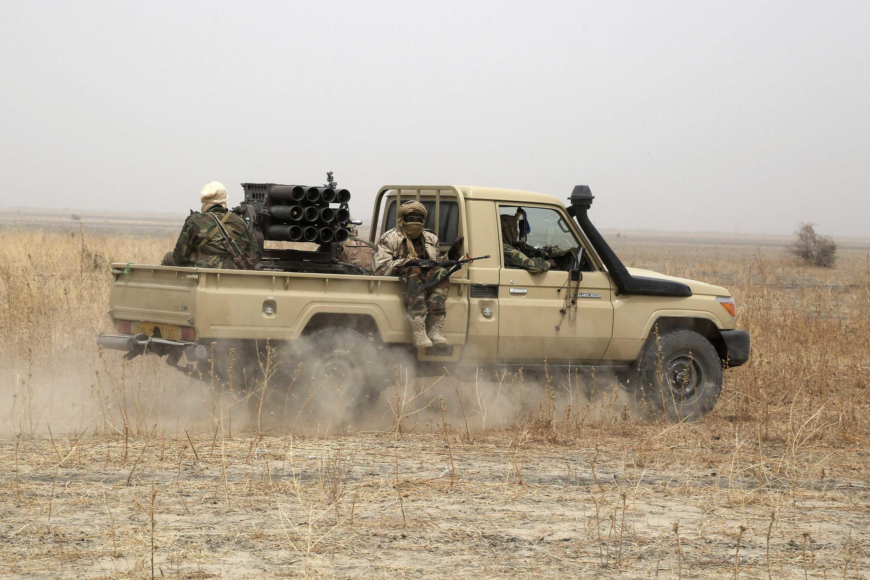 Soldats tchadiens déployés dans le cadre de la force militaire mixte contre Boko Haram, au Nigeria, en février 2015.