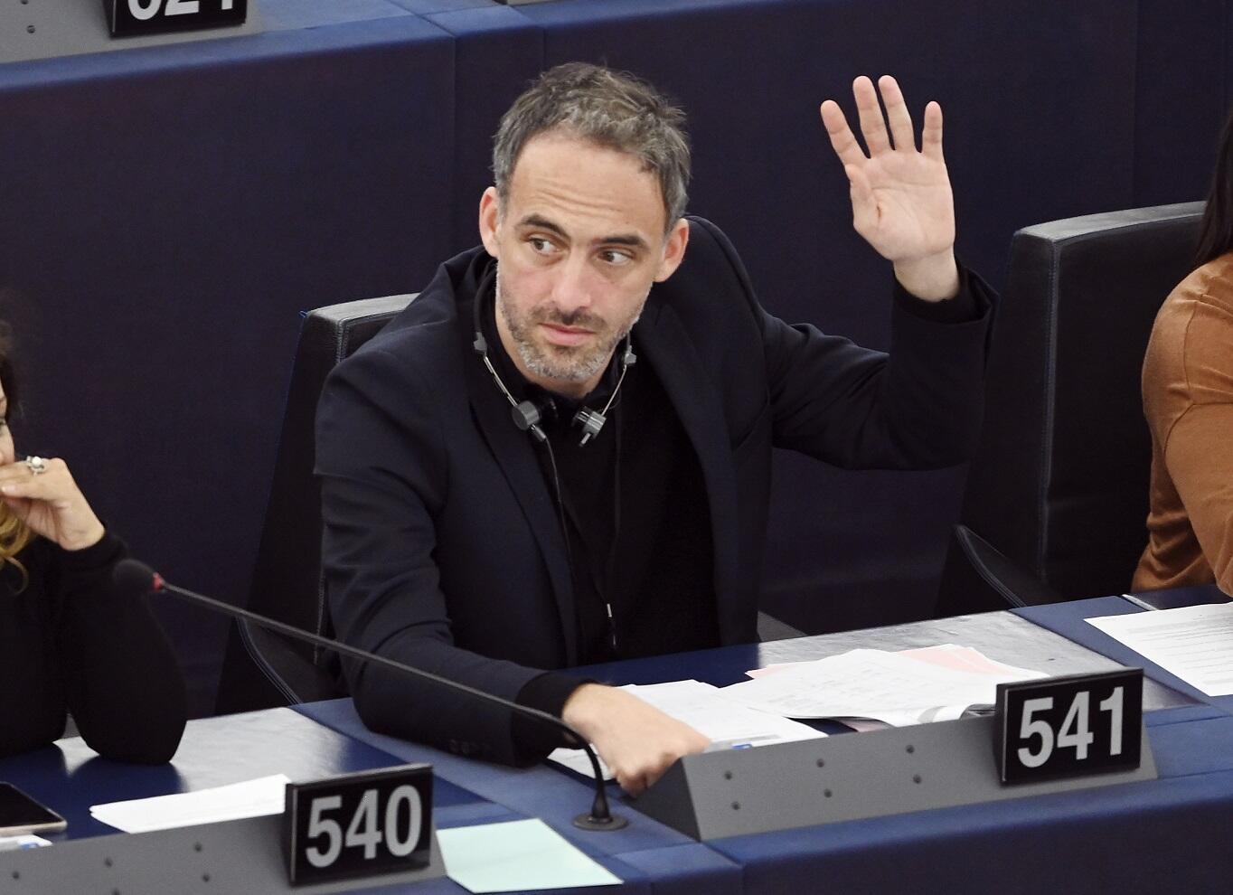 Raphaël Glucksmann lors d'une session plénière au Parlement européen à Strasbourg, le 28 novembre 2019.