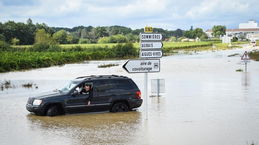 French government to announce emergency status for flood-hit south