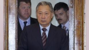 Tổng thống Kyrgyzstan bị lật đổ Kourmanbek Bakiev tại Minsk, Belarus, ngày 21/04/2010