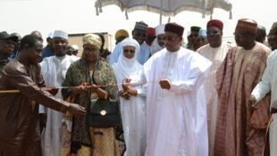 Le président du Niger Mahamadou Issoufou a inauguré la centrale électrique de Gorou Banda, dimanche 2 avril 2017. .