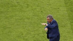 Fernando Santos has been accused of leading an uninspiring Portugal side