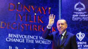 Tổng thống Thổ Nhĩ Kỳ Tayyip Erdogan, lao vào cuộc đọ sức với châu Âu. Ảnh ngày 12/03/2017.