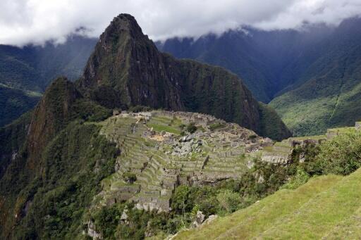Esta imagen de archivo, tomada en diciembre de 2014, muestra una vista general del complejo arqueológico de Machu Picchu, en los Andes peruanos, cerca de Cusco