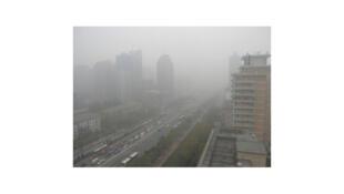 La pollution de l'air atteint des sommets l'hiver à Skopje, la capitale de la Mécédoine.