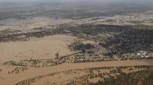 Une vue aérienne de Rockhampton dans l'Etat du Queensland, le 2 janvier 2011.