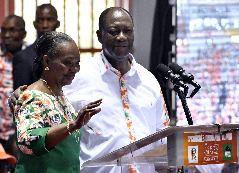 Henriette Diabaté et Alassane Ouattara ont chacun à son tour salué le vote en faveur de la création du RHDP unifié, lors du congrès extraordinaire du RDR, le samedi 5 mai 2018 (photo d'illustration).