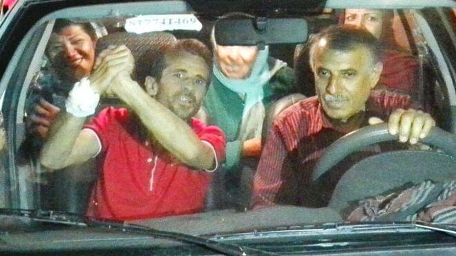 نخستین عکس جعفر عظیمزاده پس از آزادی که توسط مدافعان حقوق بشر منتشر شده است