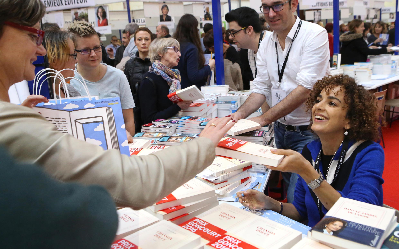 لیلا سلیمانی، چند روز پس از دریافت جایزه کنگور ۲۰۱۶ در نمایشگاه کتاب شهر بریو لاگایارد، واقع در جنوب فرانسه،