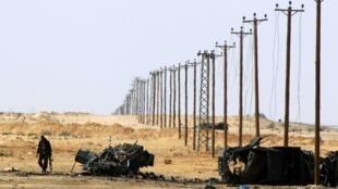Los combates prosiguen en Libia entre los rebeldes y las fuerzas de Kadafi.