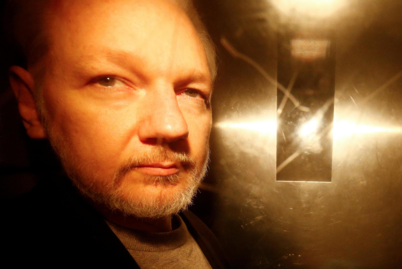 Основатель сайте WikiLeaks Джулиан Ассанж