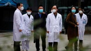 2021-01-29T103246Z_1611900593_RC2MHL9ASILV_RTRMADP_3_HEALTH-CORONAVIRUS-WHO-CHINA