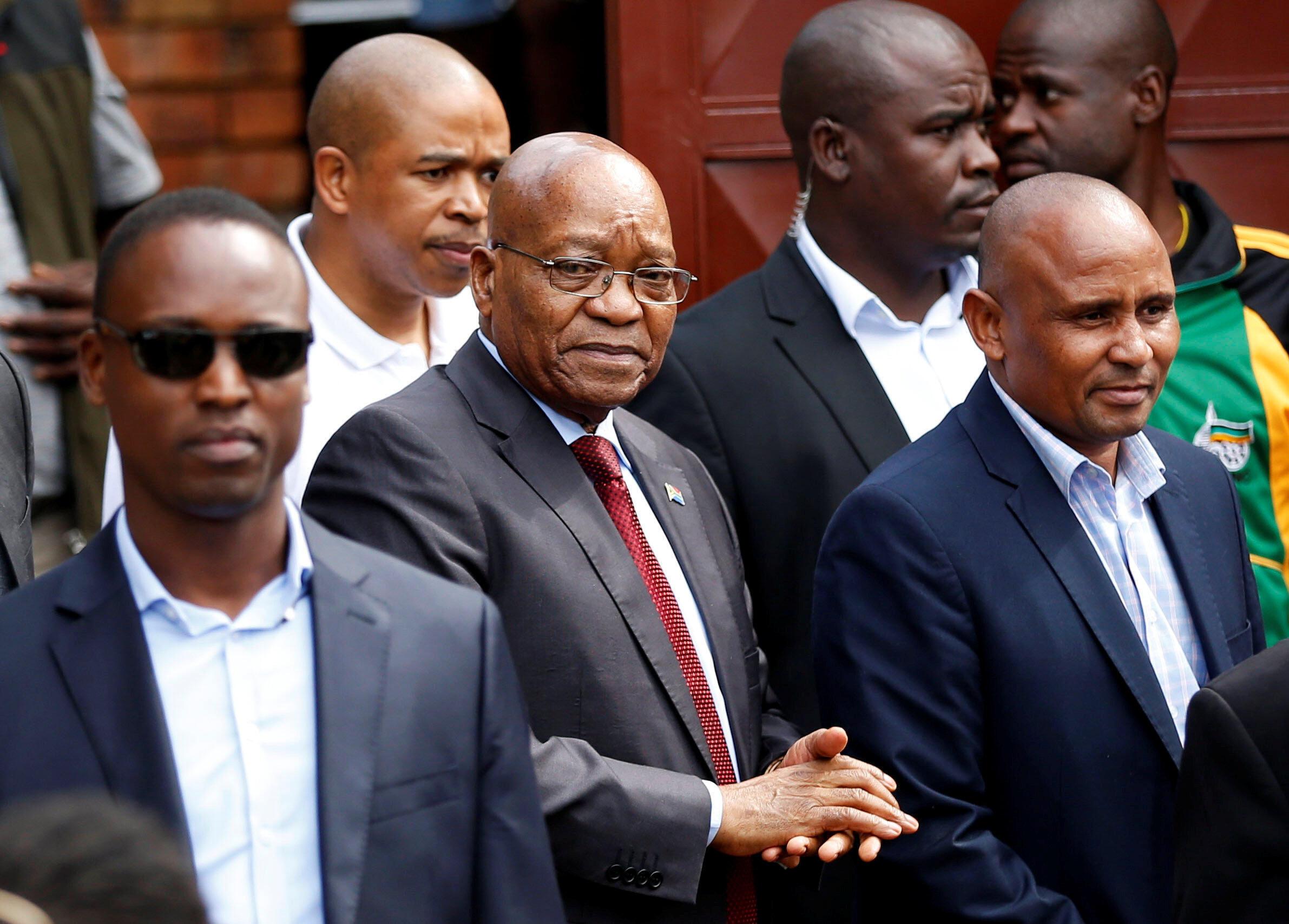 (Photo d'illustration) L'ex-président sud-africain Jacob Zuma à son arrivée au domicile de Winnie Mandela à Soweto, le 4 avril 2018.