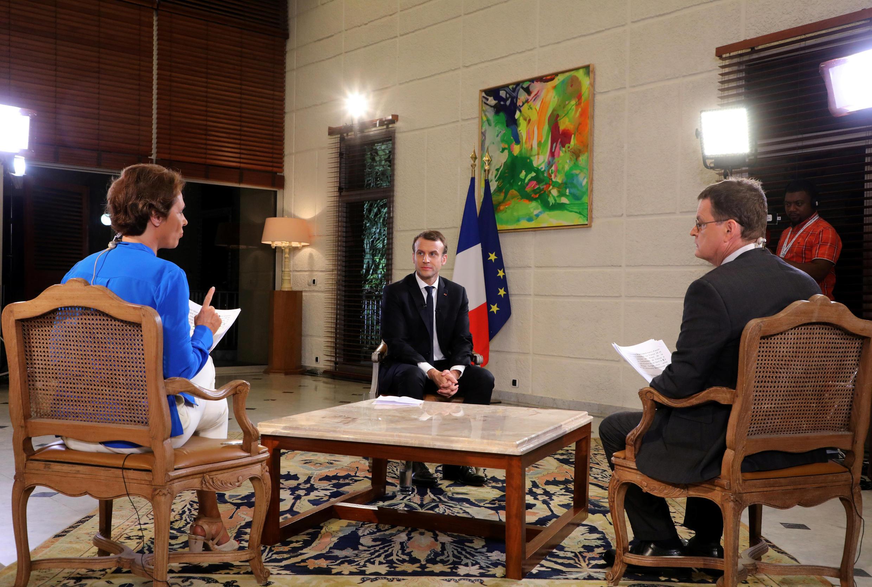 Президент Франции Эмманюэль Макрон в интервью RFI и France 24 предложил принять военно-полицейские меры по борьбе с работорговлей в Ливии