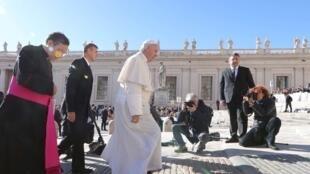 Le pape François sur la place Saint-Pierre au Vatican, le 26 septembre 2018.
