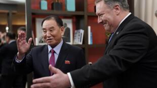Ngoại trưởng Mỹ Mike Pompeo và tướng Kim Yong Chol, đặc sứ của lãnh đạo Bắc Triều Tiên. Ảnh tại Washington, ngày 18/01/2019.