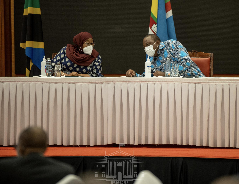 Tanzania President and kenya President during bussines forum in Nairobi