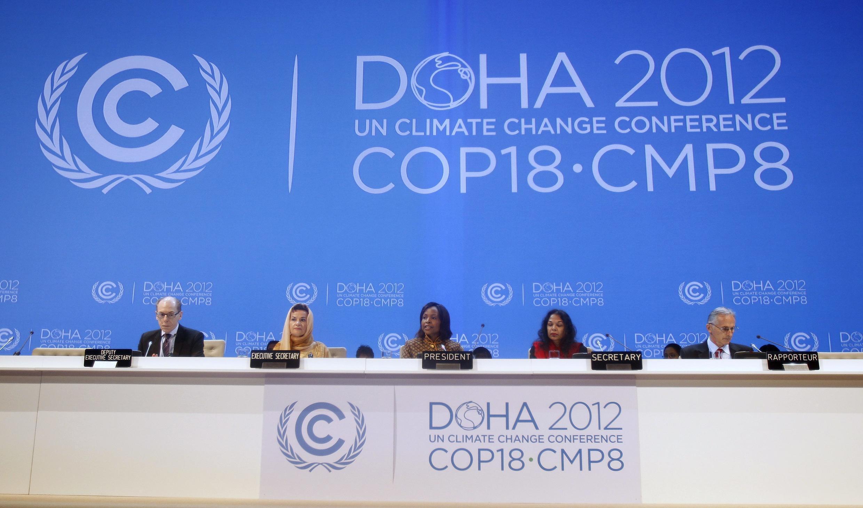 Segundo especialista, a Cúpula de Doha, que começou nesta segunda-feira (26), deve ter resultados irrelevantes.