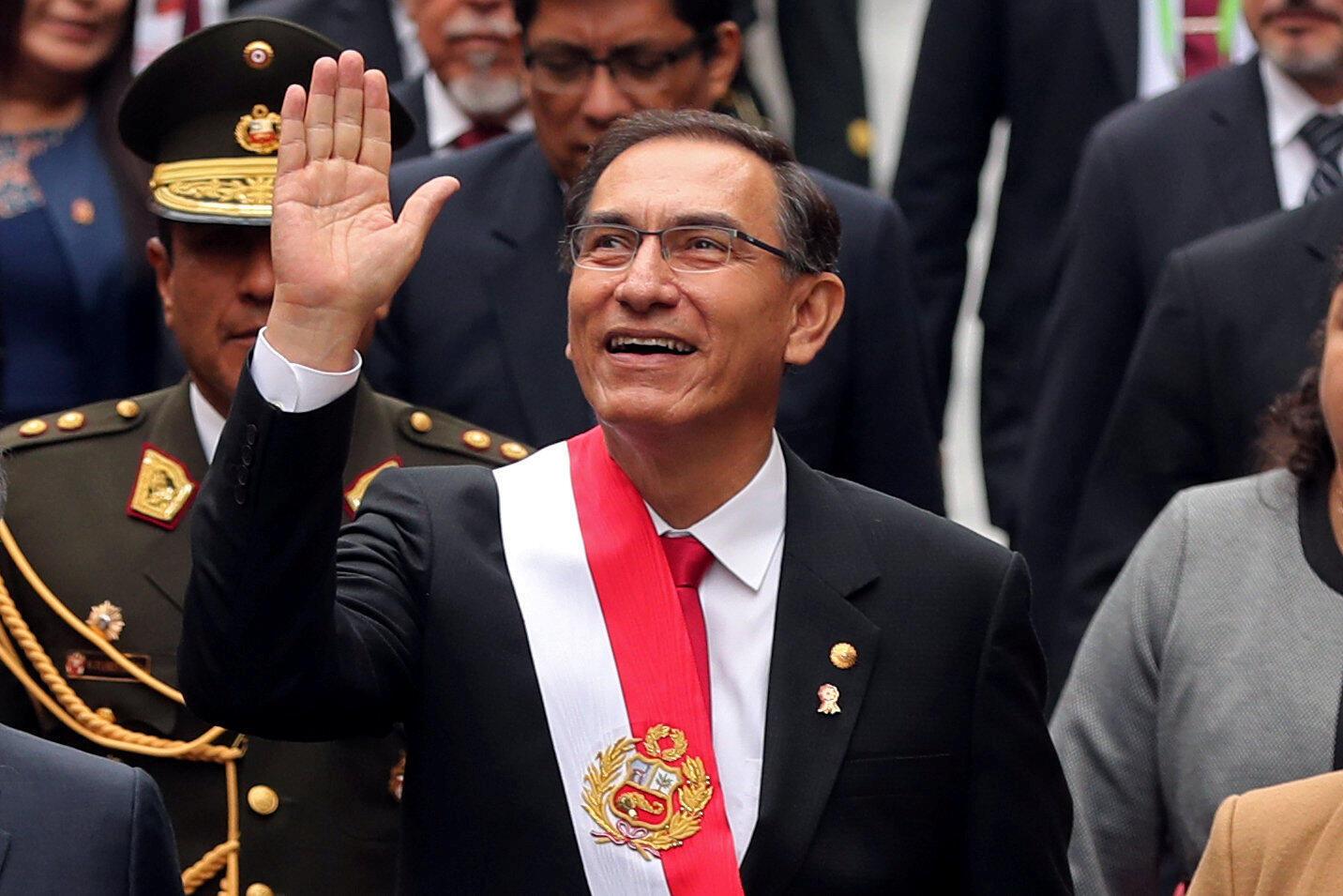 Le président péruvien Martin Vizcarra lors des célébrations de l'anniversaire de l'indépendance du Pérou, à Lima le 28 juillet 2018. 想要反贪的秘鲁总统马丁·比斯卡拉 2018年7月28日