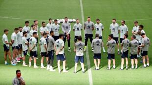 Los jugadores de la selección española de fútbo, durante un entrenamiento el 3 de junio de 2021 en Las Rozas (Madrid)