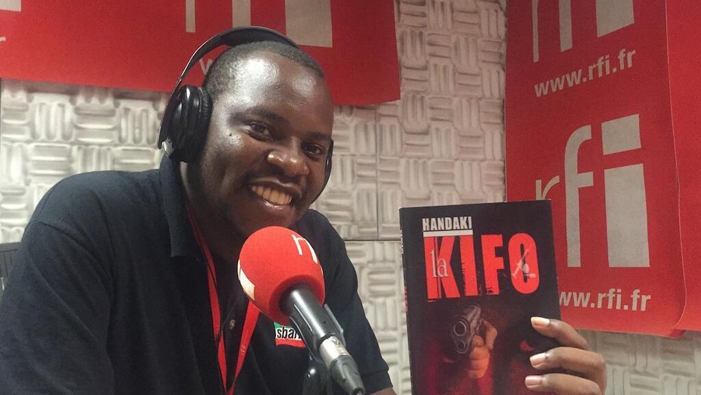 """Fredric Bundala mwandishi wa habari na mtunzi wa kitabu """"Handaki la Kifo"""""""