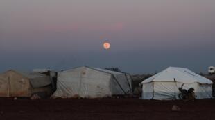 Лагерь беженцев в Сирии.