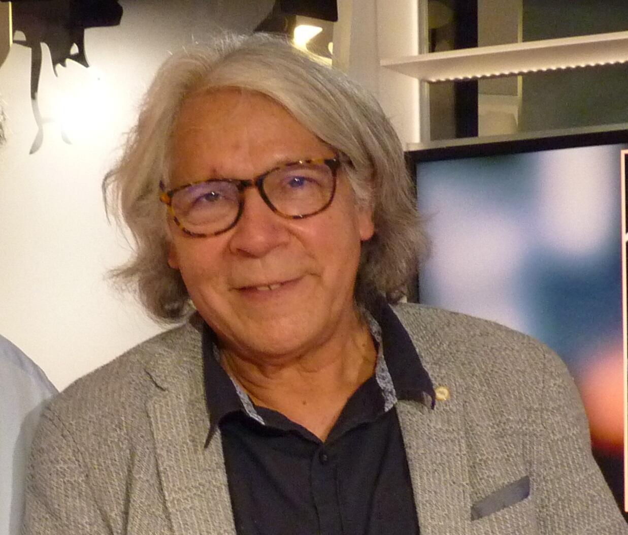 El poeta ecuatoriano Ramiro Oviedo en RFI