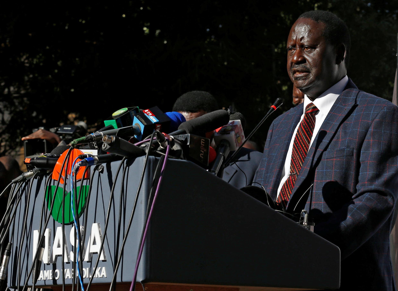 Kiongozi wa upinzani nchini Kenya Raila Odinga, akitoa tamko kuhusu uamuzi wa kwenda mahakamani