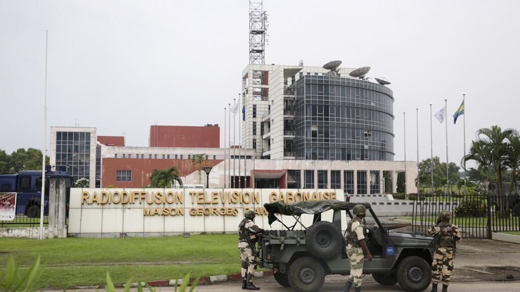 Gabon: les proches des prisonniers du putsch manqué de 2019 demandent leur libération