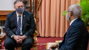 美國國務卿蓬佩奧與馬爾代夫總統薩利赫資料圖片