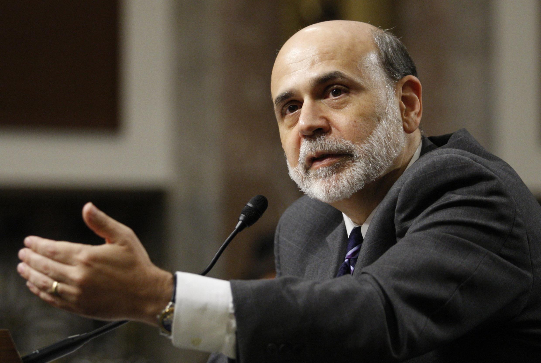 លោកប៊ែន បឺនែនគី (Ben Bernanke) អគ្គទេសាភិបាលធនាគារជាតិអាមេរិក