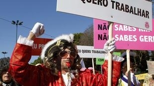 Protesto em Lisboa contra a retração do mercado de trabalho, causada pela crise.