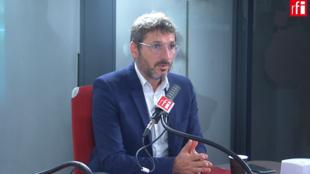 Matthieu Orphelin, député écologiste, co-président du groupe Écologie démocratie solidarité (EDS) à l'Assemblée nationale dans les studios de RFI, le 23 septembre 2020.RFI