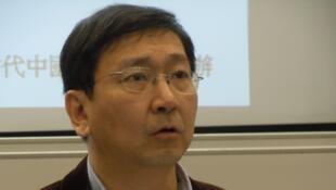 卸任港大法學院院長陳文敏