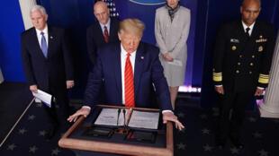 美國總統特朗普2020年3月19日華盛頓白宮
