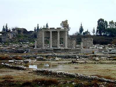 ویرانه های شهر ملط، یا میلتوس- تمدن یونان باستان، واقع در ترکیۀ امروزی