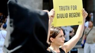 Manifestation à Rome, en juillet 2016, pour demander justice pour Giulio Regeni, étudiant italien assassiné au Caire quelques mois plus tôt.