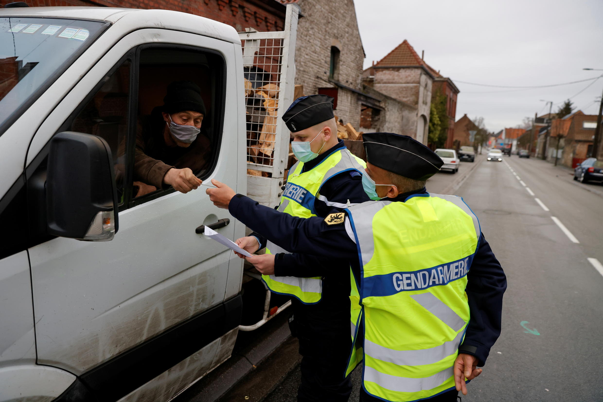 FRONTIERE  2021-02-03T115646Z_1090082802_RC2ZKL97DH47_RTRMADP_3_HEALTH-CORONAVIRUS-FRANCE-BORDERS