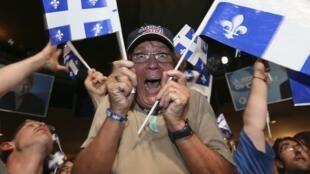 L'enthousiasme des supporters du Parti québécois mardi soir 4 septembre 2012 à Montréal.
