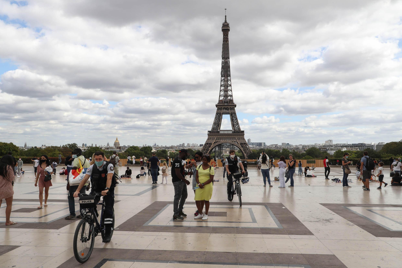 Страны ЕС согласились с рекомендацией Еврокомиссии впускать туристов из третьих стран, привитых одной из одобренных в ЕС вакцин