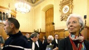 La directrice du FMI Christine Lagarde au premier jour de son procès devant la Cour de justice de la République, le 12 décembre 2016.