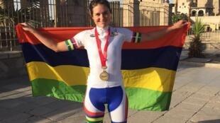 La Mauricienne Aurélie Halbwachs-Lincoln a remporté deux médailles d'or lors des Championnats d'Afrique de cyclisme sur route à Louxor (Egypte) en 2017.