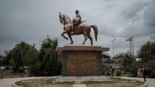 mekele-statue-aeroport-ethiopie-tigre