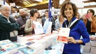 """لیلا سلیمانی، رماننویس فرانسوی-مراکشی برنده جایزه """"گنکور""""."""